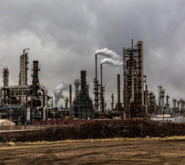 Η συνωμοσιολογία γύρω από την κλιματική αλλαγή απειλεί τη λήψη πολύτιμων αποφάσεων, λένε οι ειδικοί
