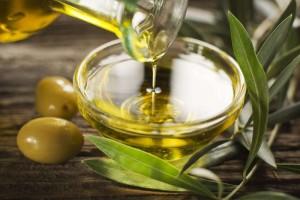 Πιτυρίδα: 6 φυσικές και αποτελεσματικές θεραπείες