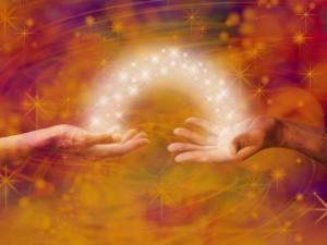 δύο χέρια κάνουν ανταλλαγή ενέργειας δούναι και λαβείν δίνω και παίρνω ένωση σουρεάλ